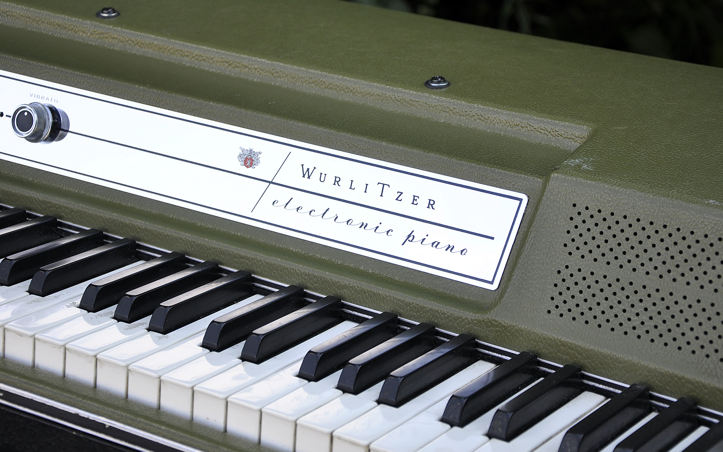 Wurlitzer Piano Restoration Retrolinear
